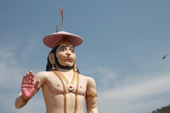 Imagem | Hanuman fazendo Abhaya Mudra, gesto que dissipa o medo