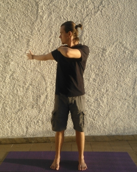 purnasana-torçoes-serie-de-yoga-detox-prisao-de-ventre