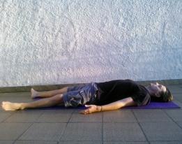 shavasana-relaxamento-anti-stress-yoga