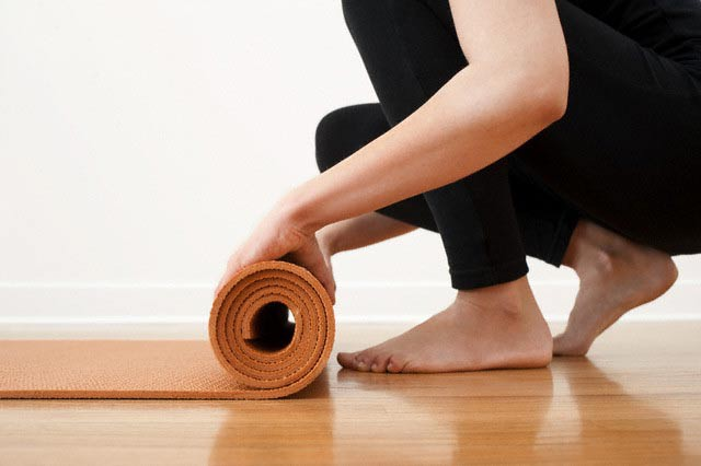 Preferência Yoga para iniciantes | Prática matinal em 7 passos voltados para  GN16