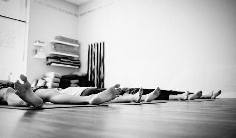 a-importancia-do-relaxamento-como-relaxar-yoga