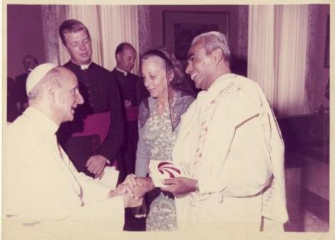 Iyengar-e-o-papa-pope-paulo-vi-noticia-yoga