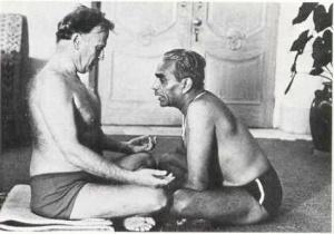 yehudi-violinista-yoga-iyengar