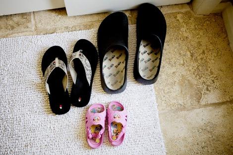 sapatos-calçados-energia-bacteris-yoga-deixar fora de casa