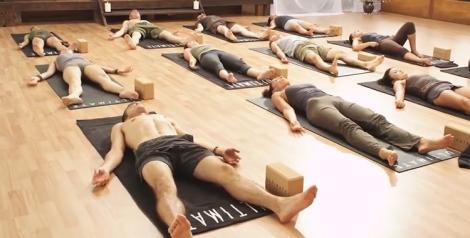 diferenca-yoga-nidra-relaxamento-yoga-em-casa