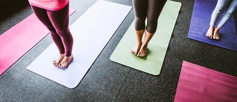 como-higienizar-tapete-de-yoga-sem-lavar-yoga-mat-clean
