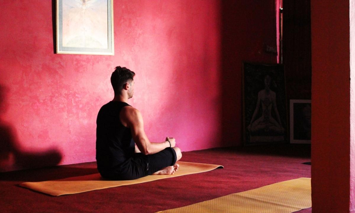 Um alerta da Hatha Yoga Pradipika aos praticantes de Yoga contemporâneos